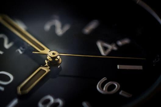 glass-time-watch-business-medium