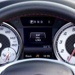 車の買い替え距離はどのくらい?何月が乗り換えに1番お得なの?