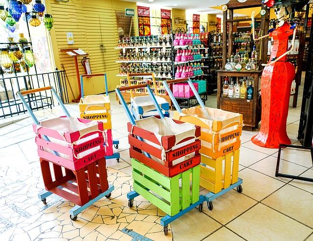 souvenir-shop-1287061_640
