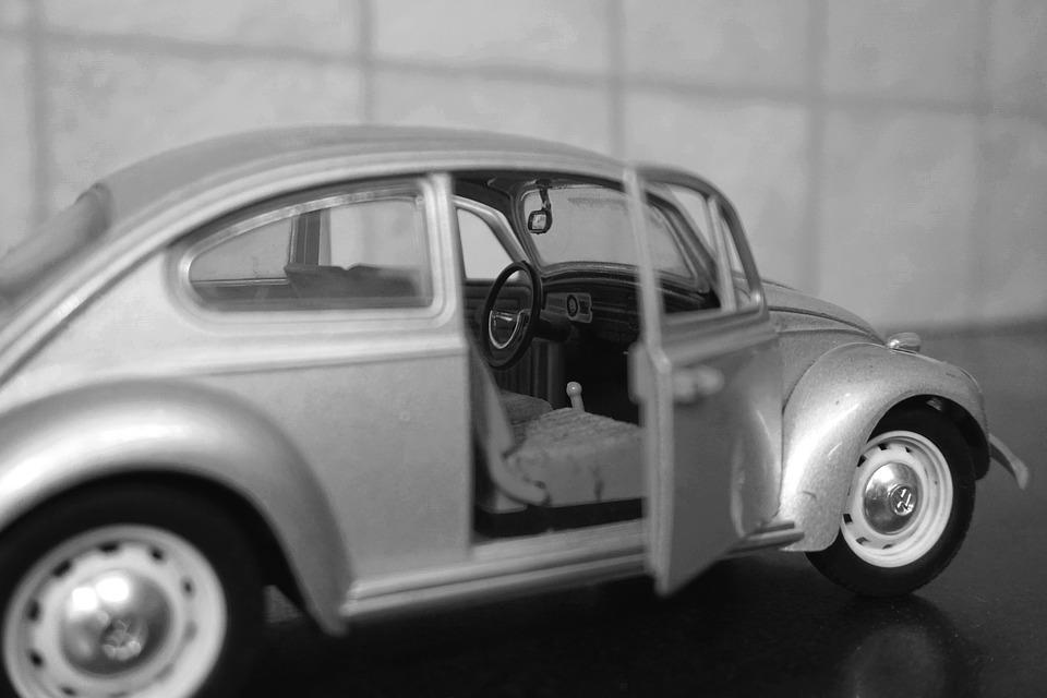 car-1589620_960_720