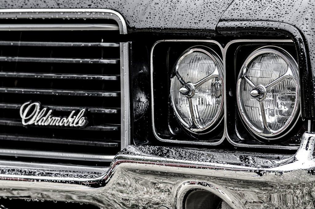 car-1874197_1280