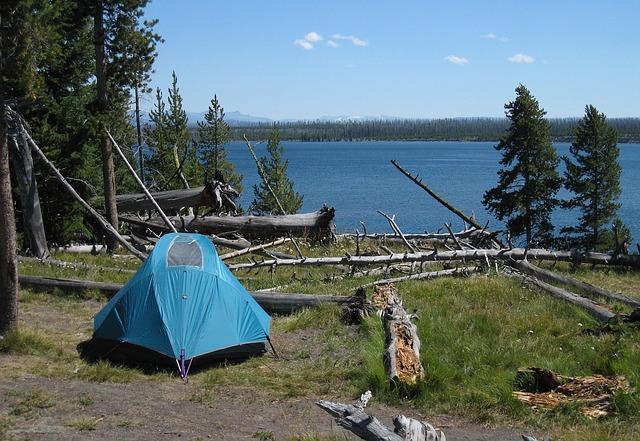 camping-1626412_640