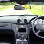 車のグローブボックスに傷!補修の方法と傷防止対策を紹介