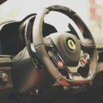 フェラーリを購入したい!必要な維持費&年収とは?